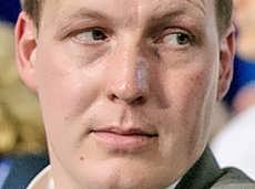 Экс-член генсовета «Единой России», запрещавший иностранцам усыновлять российских сирот, стал гражданином Германии