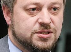Экс-вице-мэр Омска не смог оплатить из зарплаты в 15 тыс долг в 67 млн