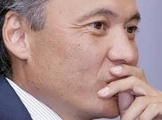 Обвиненный в хищении $80 млн шеф «Тройка-Д банка» - persona grata в России