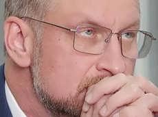"""Региональный министр """"условно"""" украл 24 млн на реконструкции стадиона """"Динамо"""""""