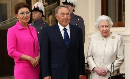 """""""Необоснованное богатство"""" семьи экс-президента Казахстана."""