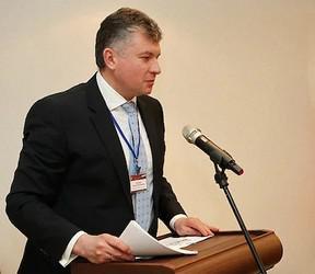 Игоря Елфимова и Андрея Епанешникова перевели на прожиточный минимум.