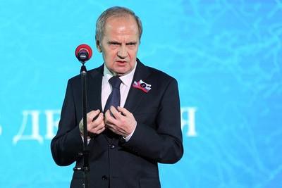 А Зорькин здесь тихий: какой компромат есть у Путина на председателя КС.