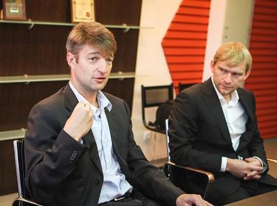 Денис Штенгелов (слева) и Вячеслав Вишневский