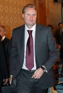 """Алексею Бажанову утроили эпизоды хищений """"Маслопродукта""""."""