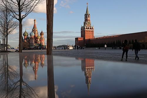 Сколько стоит Московский Кремль.