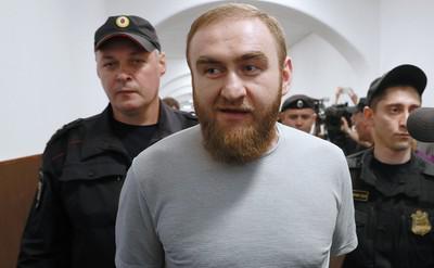 Рауфу Арашукову трижды укрепили обвинение.