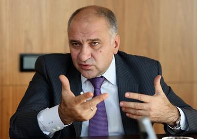 Активы группы ИСТ на 8 млрд руб. на Кипре арестованы.