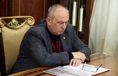 Якуба Белхороева приняли за инвалидов.