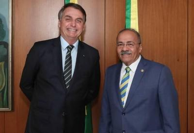 Жаир Болсонар (слева) и Чико Родригес