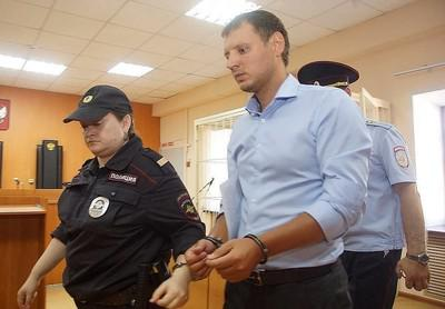 Михаил Архипов набрал через брата на 10 лет тюрьмы.