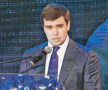 """Дмитрию Бушманову и Алексею Эккерту присудили за """"освоение"""" Арктики."""