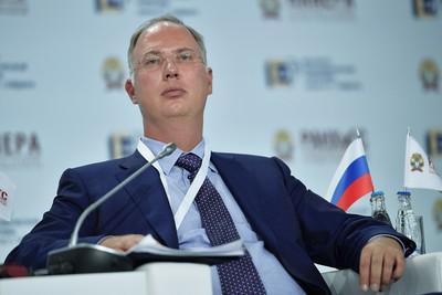 """""""Семейные"""" инвестиции Кирилла Дмитриева."""