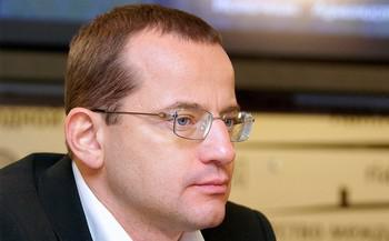 Максим Барский объявлен в федеральный розыск.