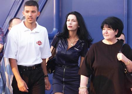 Слева направо: Марко и Даниэла Милошевичи и Мириана Маркович