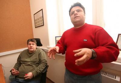 Анвар Пириев занес в Роспатент и УВД ЗАО по Москве.