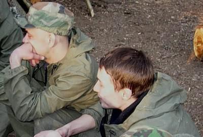 Роман Нифонтов и Максим Базылев (справа)