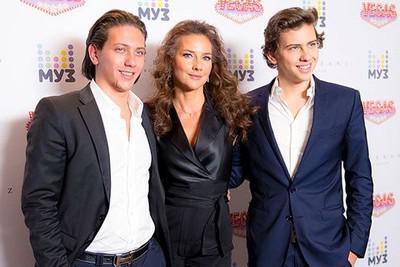 Слева направо: Юрий Киселев (ЮрКисс), Елена Севергина (Север), Владимир Киселев (ВладиМир)