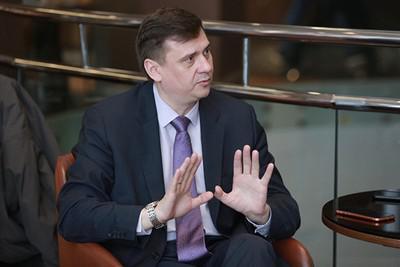 "Олег Извеков ""подогрелся"" на тепловизорах."