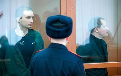 Экс-следователи ФСБ сядут без званий и биткоинов.