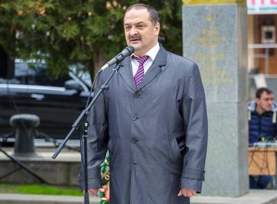 Как врио главы Дагестана Сергей Меликов увековечил имя своего отца.