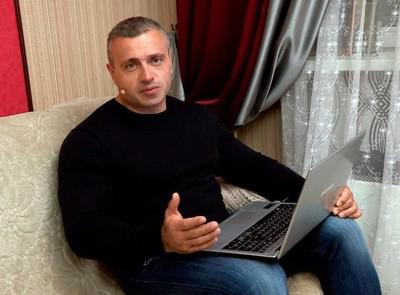 Владислав Толстюк