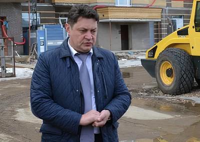 Дмитрий Петрухин не свел доходы с декларациями.