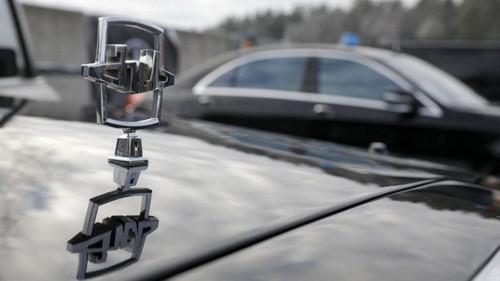 """""""Живущие в машинах"""" водители засудили кремлевские автобазы."""