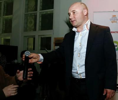 Юрий Пирогов кредитовал на карман.