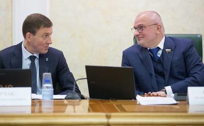 Андрей Турчак (слева) и Андрей Клишас