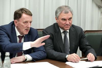 Алексей Гордеев (слева) и Вячеслав Володин