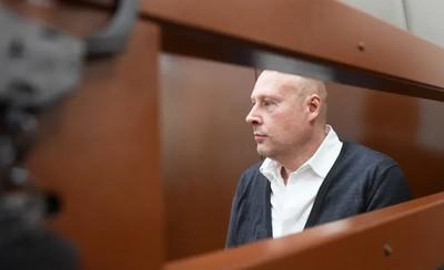 Отцов-одиночек сдали в суде.