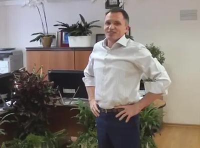 Олегу Пронину сложили кредиты.