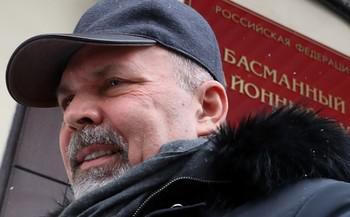 Михаила Меня освободят от наказания и от работы.