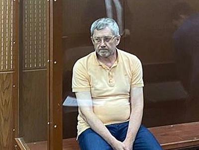 Константину Корищенко предъявили дыру в земле.