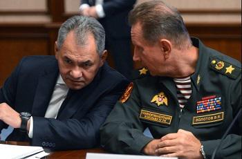 Сергей Шойгу (слева) и Виктор Золотов