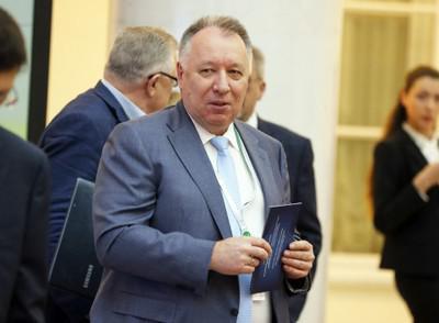 Сергей Бажанов растащил МБСП по зернышку.