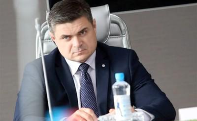 Евгения Сурикова переселили из коттеджа в колонию.