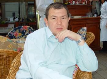 Владиславу Костареву прервали 14-летний отдых.