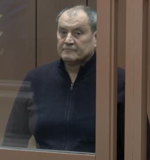 Виктор Половников отмыл взятку таунхаусом.