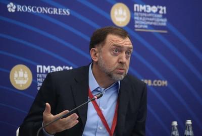 Олега Дерипаску обыскали по месту изгнания.